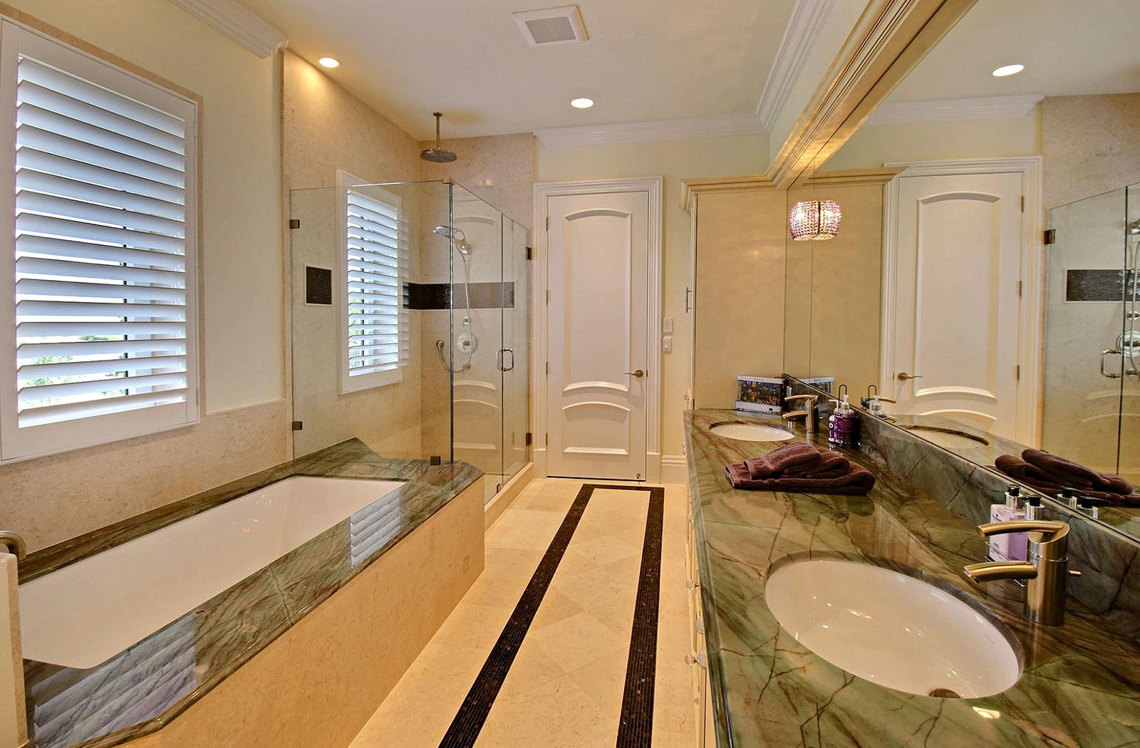 bath-slider